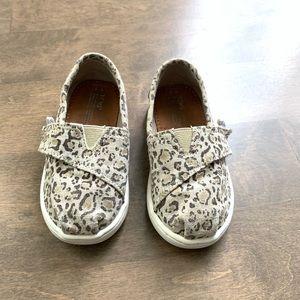 Toms girls shoes leopard print